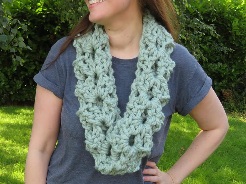 Big Cowl Crochet Kit