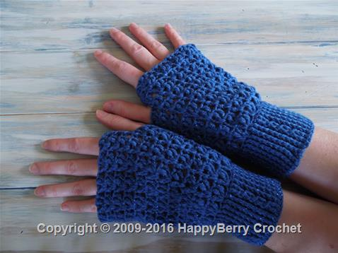 Cable Cuff Fingerless Mittens