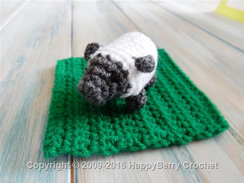 Crochet Mini Sheep
