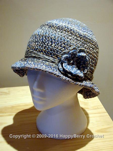 1920s style cloche with flower strap