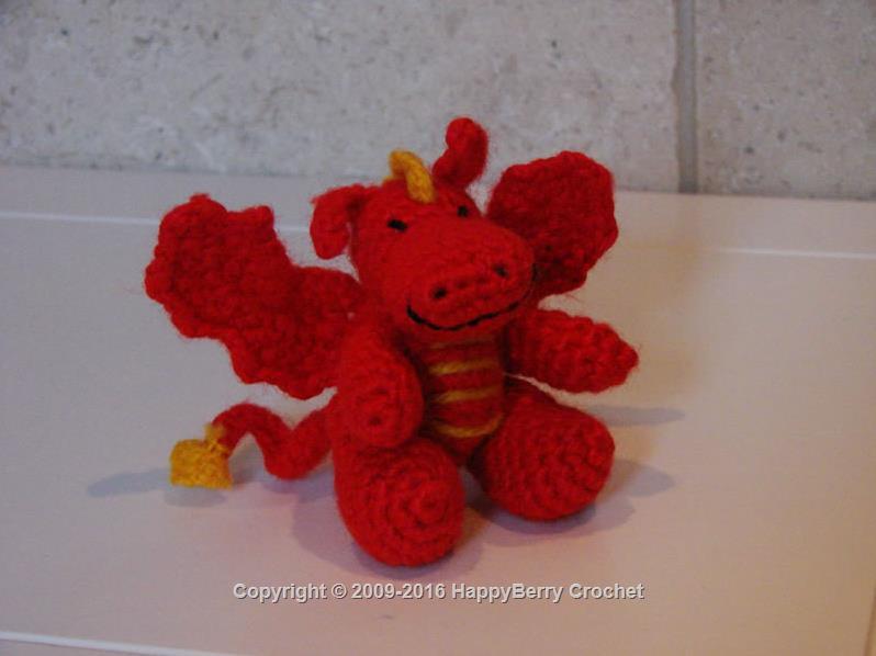 Crochet Amigurumi Dragon : Crochet dragon happyberry