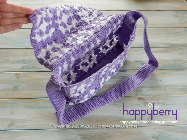 Simple Granny Square Bag | HappyBerry