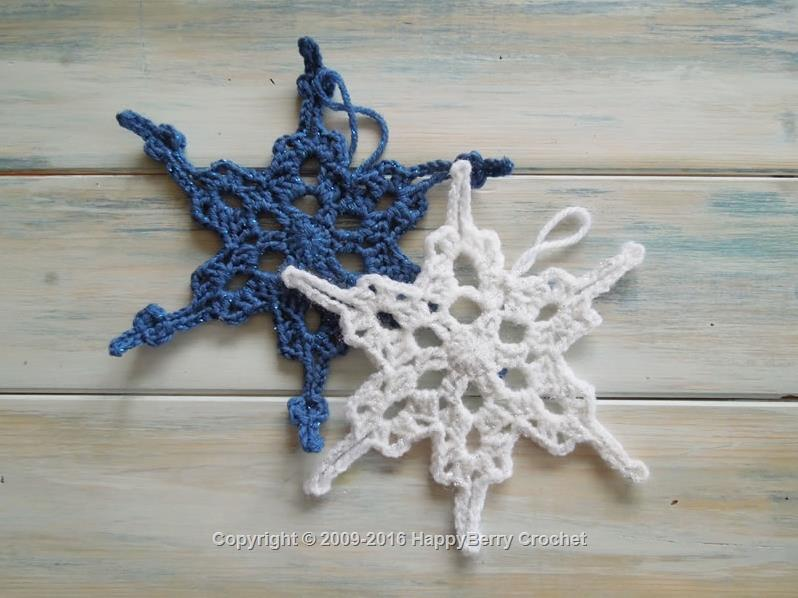 30 Free Christmas Crochet Pattens By Happyberry