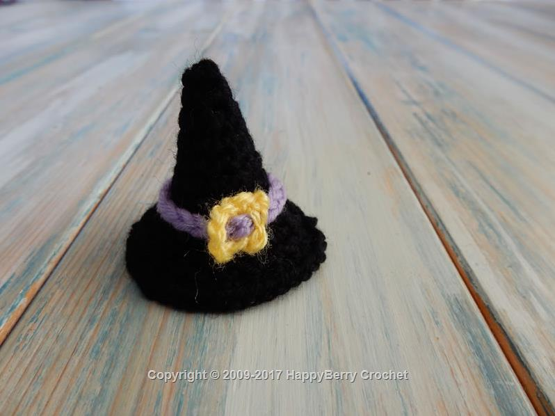 Mini Crochet Witches Hat