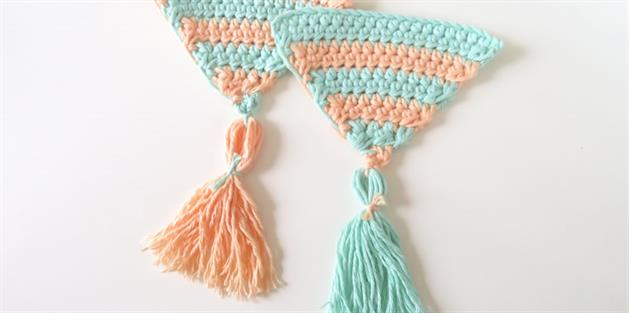 Summer Bunting/Pennant - Horizontal Striped Triangle